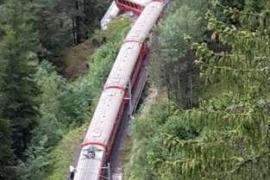 Un deslizamiento de tierra provoca un accidente ferroviario en Suiza