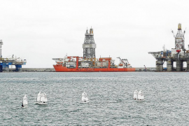 El Gobierno da el permiso definitivo a Repsol para buscar petróleo en Canarias