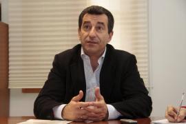 Company acusa a la oposición de hacer «demagogia barata» con los sondeos