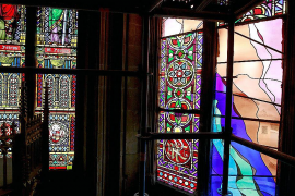 Aparecen en la Seu tres vitrales ideados por Ruggeri que Patrimoni no autorizó