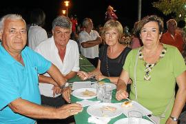 Miles de personas disfrutan de la Fira Nocturna de Sant Llorenç