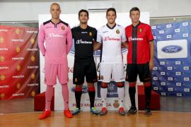 El Real Mallorca presenta su nueva equipación