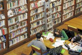 El 'canon bibliotecario', un «error» para los centros públicos de la Isla