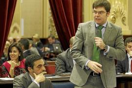 Los miembros del Govern cobran 66.000 euros en dietas por ir al Parlament
