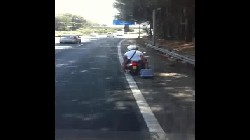'Maleting' por la autopista