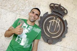 Aouate sella las renovaciones de Michael Pereira y Joao Victor
