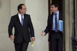 Valls presenta la dimisión del Gobierno francés