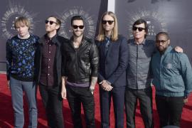 Maroon 5 en la alfombra roja