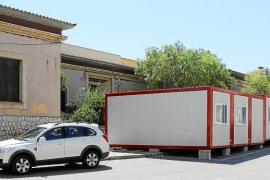 Los alumnos del IES Santa Maria iniciarán el curso en barracones en medio de la calle