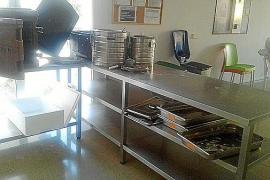 Usuarios de un centro de acogida de Cort denuncian condiciones «indignas»