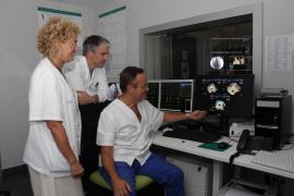 Son Espases realiza por primera vez una intervención que permite a los pacientes con arritmias abandonar la medicación