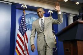 El traje beige de Obama desata miles de críticas