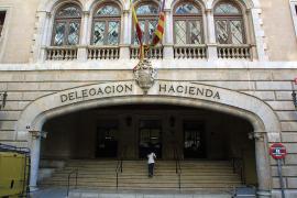 Hacienda recauda 67 millones menos  en Balears hasta abril por la crisis económica