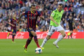 El Barça insiste en que Alves acaba contrato en 2015 y no en 2016 como dice el jugador