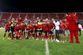 Trece fichajes para devolver al Real Mallorca a Primera División