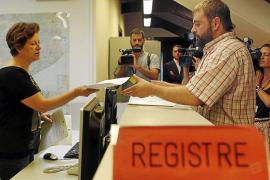 El Parlament catalán recibe dos peticiones de comisión para investigar a Jordi Pujol
