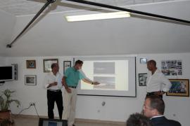El club náutico del Molinar presenta el proyecto de ampliación en sociedad