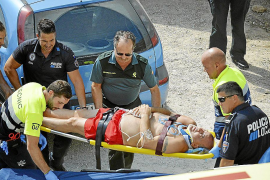 Herido grave un bañista que se golpeó contra el fondo de una piscina en Cala Llamp