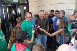 El apoderado que llevó una camiseta verde el 25M se  enfrenta a una condena de hasta 1 año de cárcel