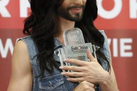 Conchita Wurst cantará por la tolerancia frente a la Eurocámara