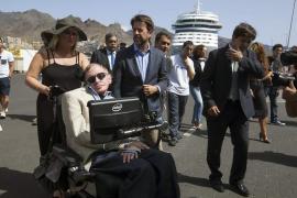 Stephen Hawking asegura que «ahora mismo no sé todavía por qué existe el Universo»