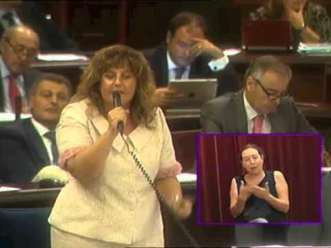 La consellera de Educació llama a la lengua de los vascos «Euskadi»