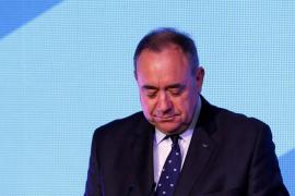 El primer ministro Alex Salmond anuncia su dimisión tras el triunfo del «no» a la independencia de Escocia