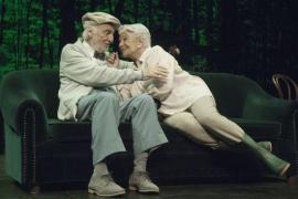 Lola Herrera y Héctor Alterio protagonizan una historia de superación