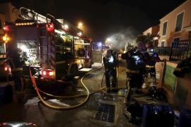 Un incendio causa destrozos en un chalet de Marratxí