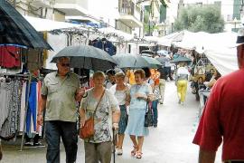 La lluvia estropea las ferias de Llucmajor, Felanitx y Maria