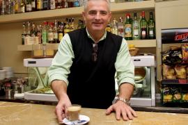 Jaume Font deja el bar Espanyol de Inca