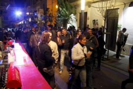 El Dimecres Bo los bares deberán desmontar las barras de las calles antes de las seis de la mañana