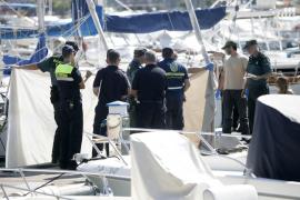 Encuentran el cadáver de un joven flotando en la bahía de Sant Antoni