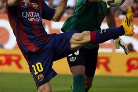 El Barcelona no convence, pero gana en Vallecas