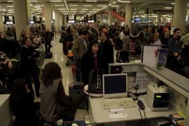 La Audiencia reabre la instrucción sobre el caos aéreo de 2010 en Balears