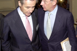 Blesa, Rato y Sánchez Barcoj, imputados por las tarjetas de Caja Madrid