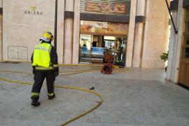 Incendio en un local de comidas preparadas en Palma