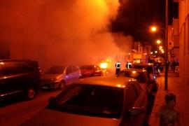 La Policía investiga el incendio de dos coches de un primo de 'La Paca'