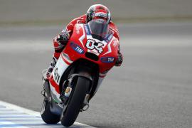 Dovizioso regala a Ducati su primera 'pole' en Japón, donde Lorenzo saldrá quinto