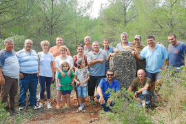 Una piedra de 1,74 metros reivindica el centro geográfico de Mallorca en Lloret