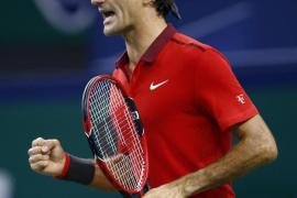 Federer triunfa en Shanghai y le quita el segundo puesto a Nadal