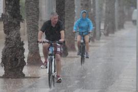 Mallorca y Menorca, en alerta amarilla por precipitaciones