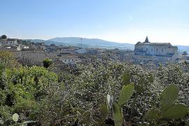 La nueva normativa urbanística de Sant Joan rebaja de 20.000 a 4.000 el techo poblacional