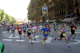 Más de 2.000 niños participan en la carrera infantil de la TUI Marathon
