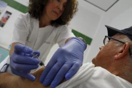 La campaña contra la gripe «Vacúnate, tú ganas» comienza el próximo martes