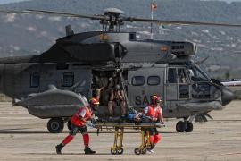 Helicóptero con los servicios de emergencia del simulacro.