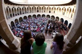 El Govern paga 2,1 millones en sueldos y deudas de la Orquesta Sinfónica
