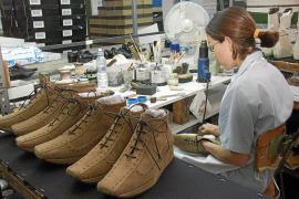El calzado  menorquín,  a examen