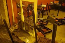 Un grupo de jóvenes extremistas asalta el Casal Voltor Negre de Palma