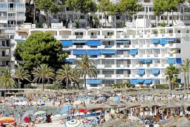 Los hoteles regularizan casi 4.000 'plazas fantasma'